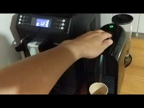Battle sonore : Robot Philips EP3510/00 versus Nespresso U