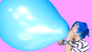 TRYING 10 AWESOME BALLOON TRICKS