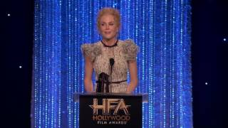Dev Patel Presents Supporting Actress Award To <b>Nicole Kidman </b>  Hollywood Film Awards 2016