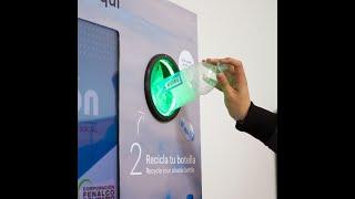 Ecobot, la iniciativa caleña que cambia botellas plásticas por descuentos