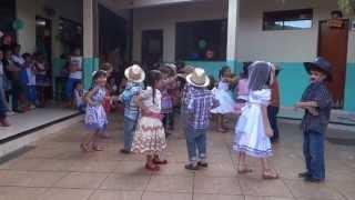 Festa Junina - Lucas - Vai Ter Que Rebolar...