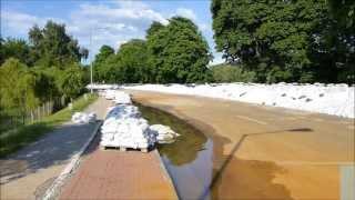 preview picture of video 'Hochwasser - Dessau - Elbe - 07.06.2013'