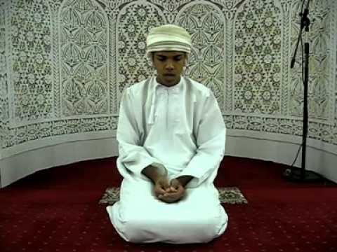 الشاب العماني أحمد آل عبدالسلام