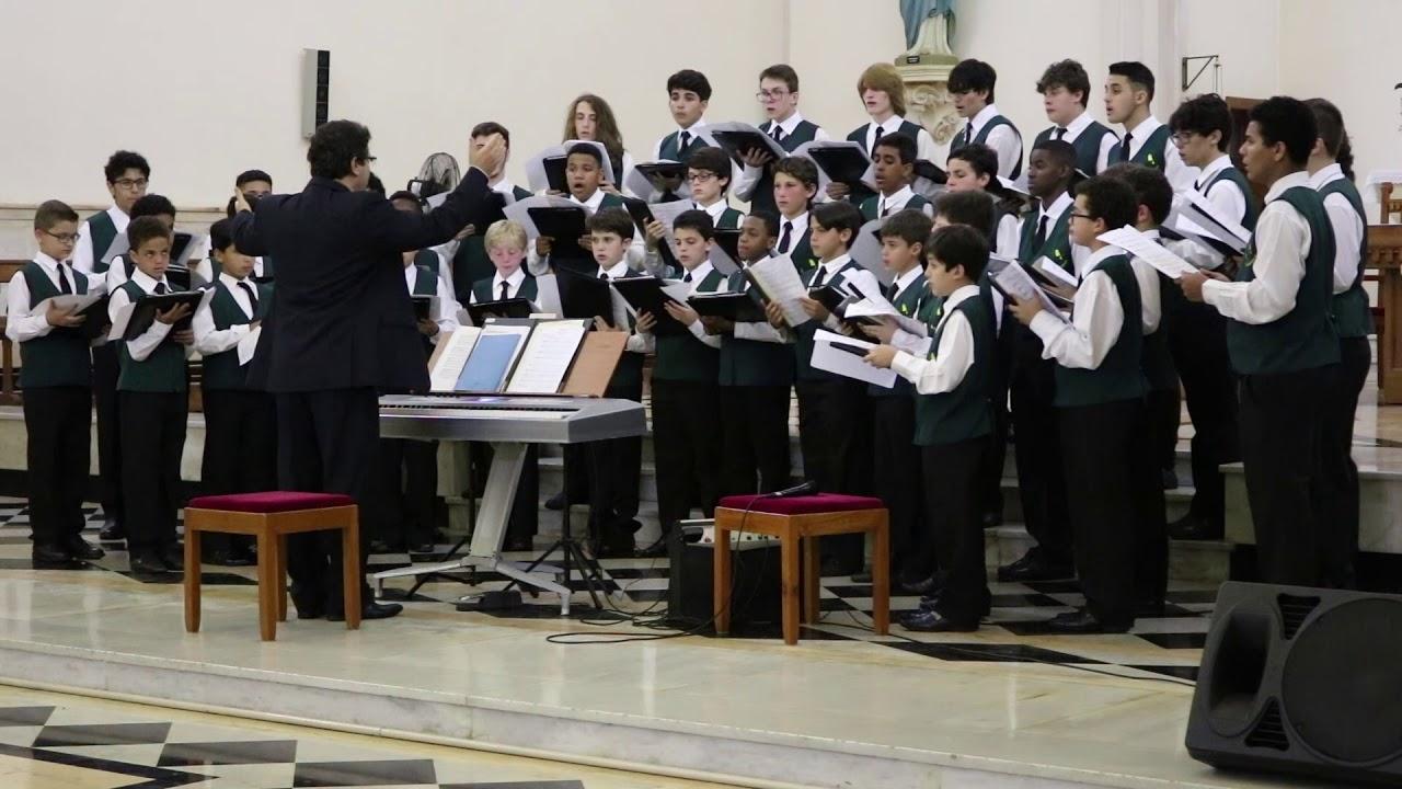 Concerto dos Canarinhos de Petrópolis no Capítulo Provincial