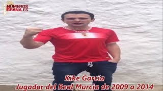 preview picture of video 'Salvemos al Real Murcia - Ex jugadores históricos del Real Murcia lanzan apoyo al club'