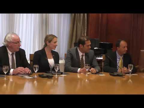 اجتماع الوزير/ عمرو نصار مع ممثلى شركة يو بى اس العالمية