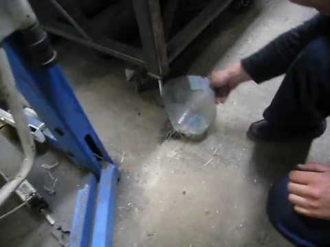Nietypowe sprzątanie pewnego spawacza