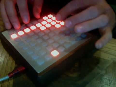 Live DubStep Filters on Monome / 7Up 2 / ableton analog