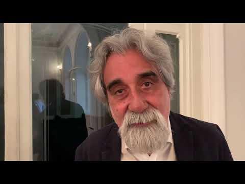Peppe Vessicchio, una icona social che studia l'essenza della musica