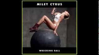Miley Cyrus Wrecking Ball - Lana Del Rey Summertime Sadness Remix Mashup