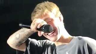 "Justin Bieber Cries On Stage During ""Purpose"" Performance"