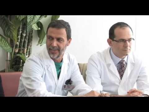 Linstabilità di reparto cervicale di una radiografia di spina dorsale firma