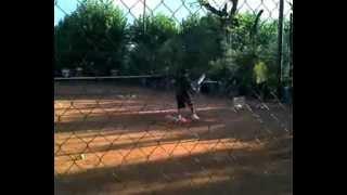 preview picture of video 'OCTAVIO Practicando drive en Aromos tenis. Ramos mejia'