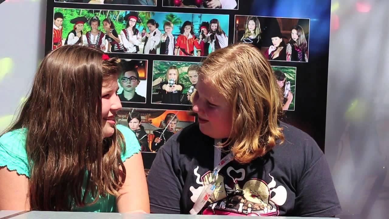 Entrevistas con los Kids in Black - Elisa entrevista a Teresa