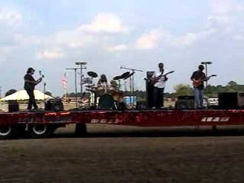 "Moss Agate; ""Don't Step On My Feet"" from Grandstand show at the Ingham Co. Fair 2010.wmv"
