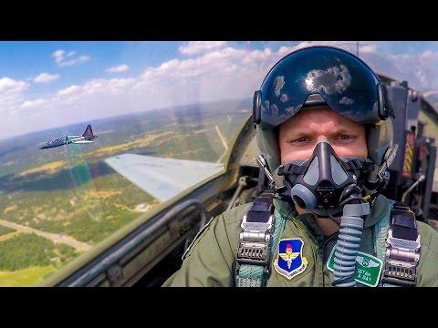 Létání ve vojenské stíhačce
