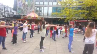 "Flash mob ""just be a child"""