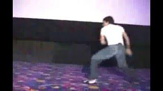 Tony Jaa..hareketlere bakın..