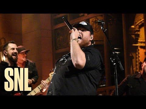 Luke Combs: Beer Never Broke My Heart (Live) - SNL