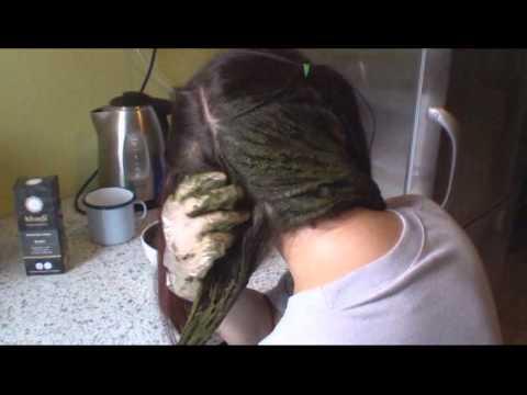 Maska do włosów dla brunetek kolorowych