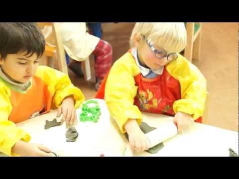 Lavorando l'argilla con i bambini dell'asilo II - Children working clay II