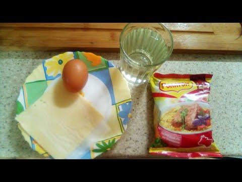 Яичница  с лапшой от Луча. Scrambled eggs with noodles. 炒鸡蛋配面条. नूडल्स के साथ तले हुए अंडे