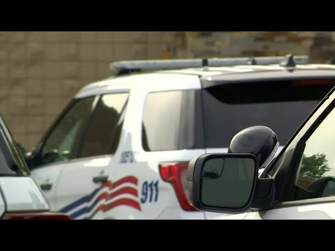 Detroit police officer alleges questionable arrest tactics