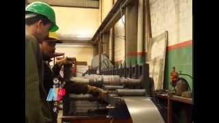preview picture of video 'Bar Metal: fábrica de aberturas de acero. Programa 23-10-14.'