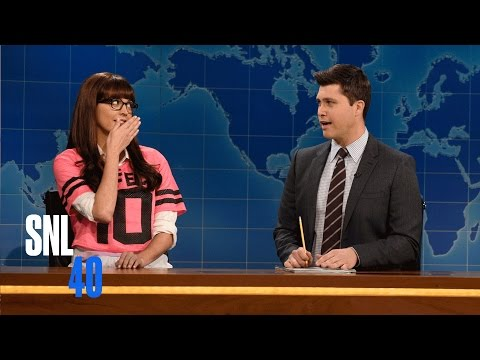 Weekend Update: One-Dimensional Female Character On The Super Bowl - SNL
