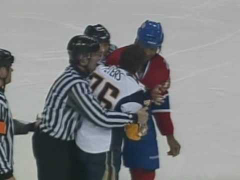 Georges Laraque vs. Andrew Peters