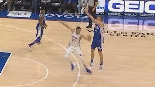 Dirtiest NBA Player Zaza Pachulia Almost Injures Another Player Using Dangerous Closeout! | Kholo.pk
