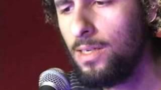"""José Gonzalez canta """"Fold"""" no Poploaded do iG"""