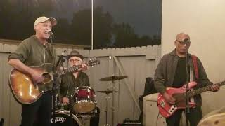 Freedy Johnston, The Waiting/CruelTo Be Kind/Western Sky, Long Beach Backyard Gig, November 17, 2018