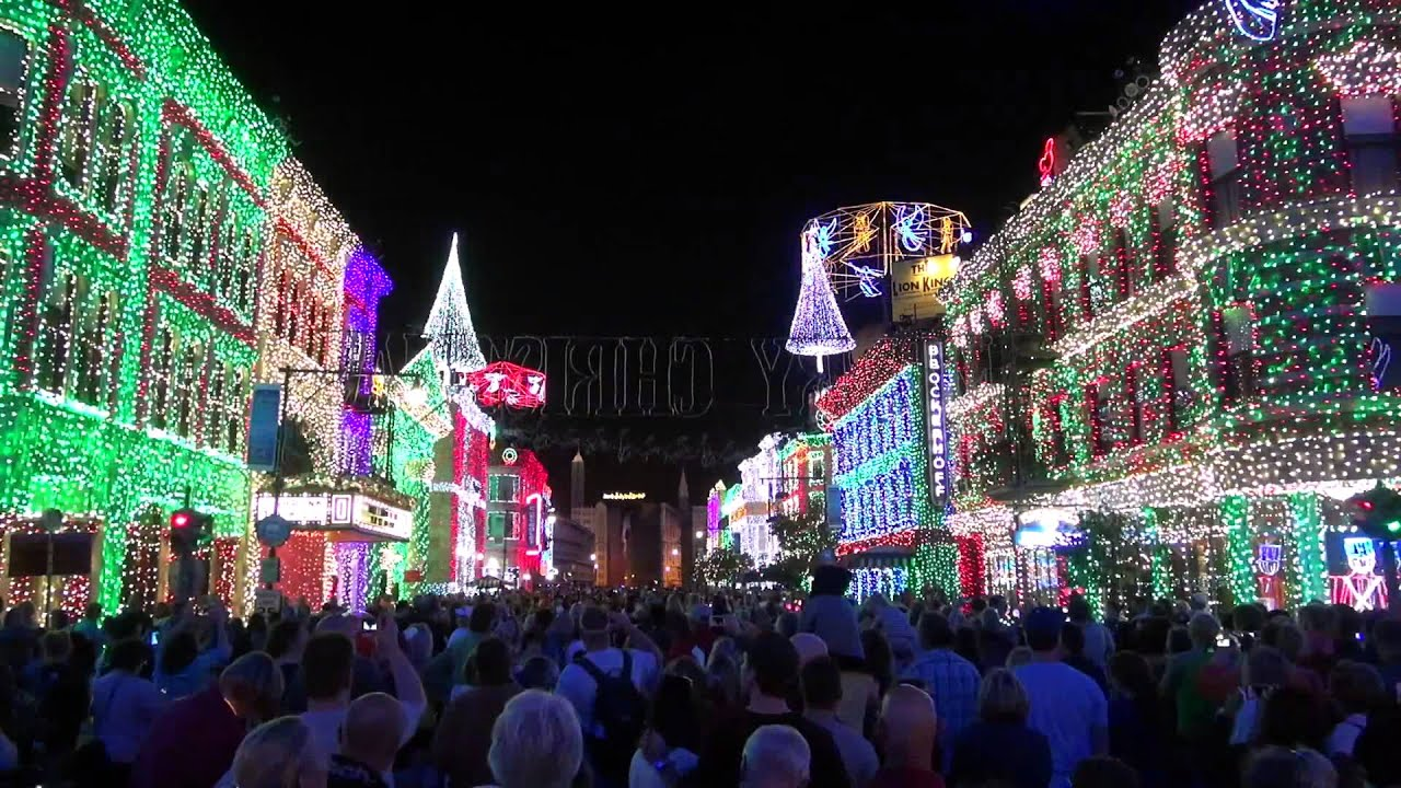 osborne family spectacle of dancing lights 2013 with glow with the show