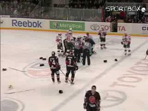 Alexander Svitov vs. Alexei Emelin