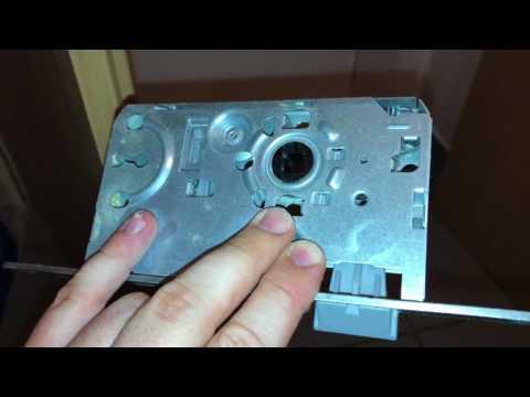 Einsteckschloss mit Buntbartschlüssel wechseln Zimmertür Schloss ersetzen Tür Schloss ausbauen TUT