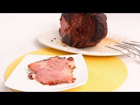 Pomegranate Glazed Ham Recipe – Laura Vitale – Laura in the Kitchen Episode 690