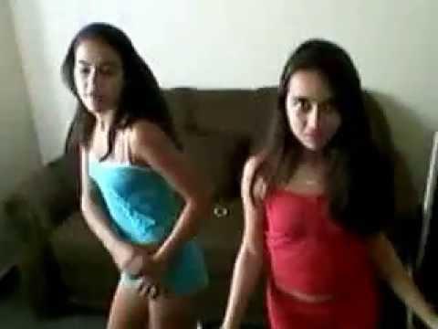 Show das Poderosas.. Com Letícia Cruz e Thaynara Lopes