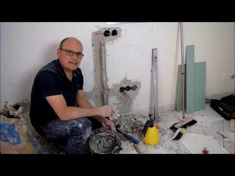 Renovierung vom Wohnzimmer, Kabelkanal im Mauerwerk, Wände glätten