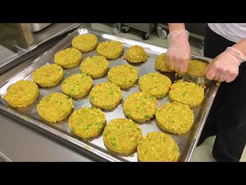 Bild: Wie entsteht ein veganer Burger im Studiwerk?