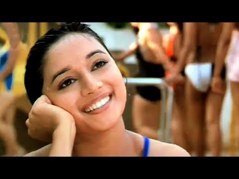 Anil Kapoor saves Madhuri Dixit from drowning   Tezaab   Bollywood Scene 7/20