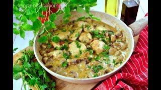 Kurczak w sosie pieczarkowym - szybki przepis na obiad