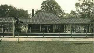 preview picture of video 'Picture History of the Kew Gardens LIRR Station'