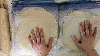 Freezer Pizza Crusts || No-Knead & So Simple!