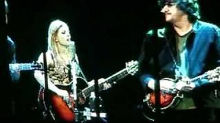 Dixie Chicks - White Trash Wedding (2003) Arrowhead Pond, Anaheim, CA