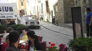preview picture of video 'Tuscan Rewind 2012 Partenza prima giornata Parte 1'