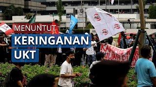 Ratusan Mahasiswa Berdemo di Gerbang Kemendikbud Menuntut Keringanan UKT