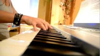 The Dresden Dolls - Girl Anachronism (piano cover)