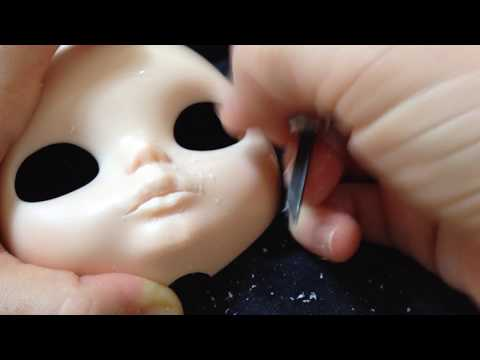 Julia Cabral Dolls - Carved mouth 3 - Blythe lips: more detailing