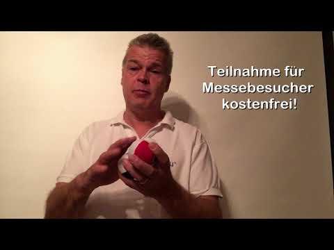 """Auf der Gesundheitsmesse """"bleib fit"""" im MTC München (Taunusstr. 45, 80807 München) am Sonntag 29. Oktober lädt die Jonglierschule München Kinder (ab 10 J.) und Erwachsene zu einem originellen Jonglier-Schnellkurs ein. Jeder (!), der mitmacht, bekommt 3 Jonglierbälle und eine Jonglier-Anleitung im Baumwollsäckchen geschenkt! Eine einmalige Gelegenheit!"""